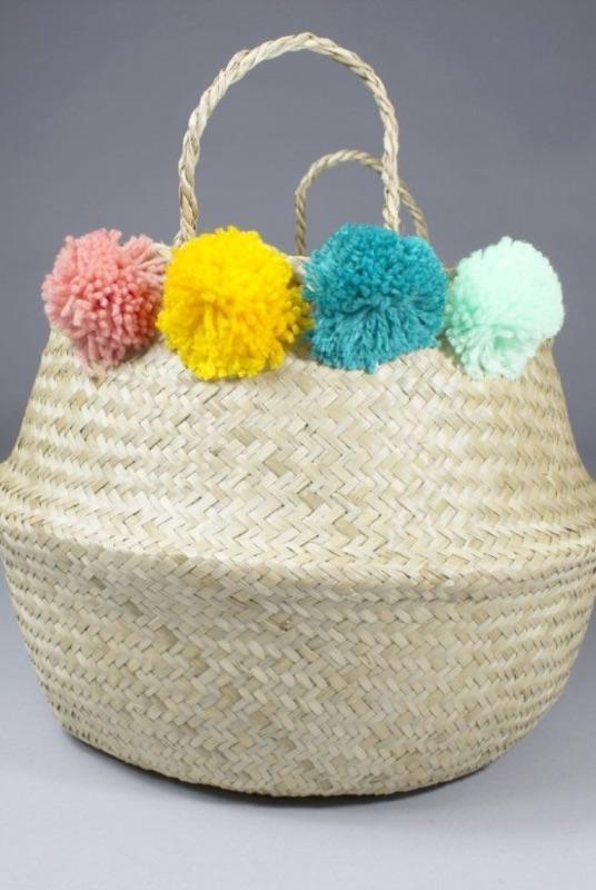 Mai Seagrass Basket with Pompoms-Harfi-MAMOQ