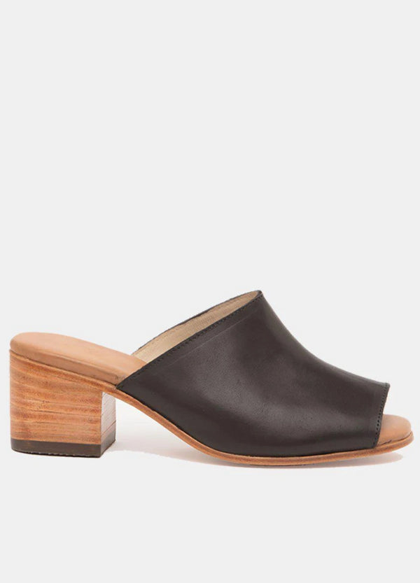 Marisol Black Leather Mules-Mules-CANO-MAMOQ
