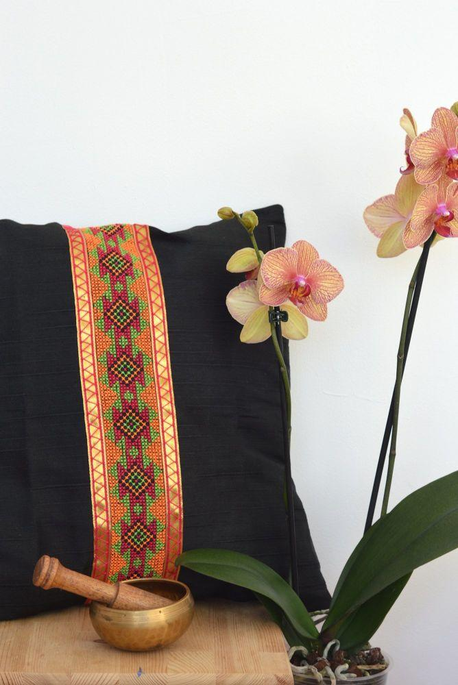 Menusha Raw Silk & Hand Embroidery Cushion in Black and Pink-Mayamiko-MAMOQ