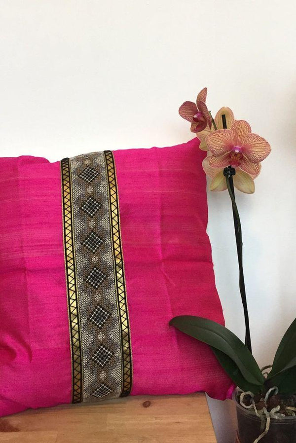 Menusha Raw Silk & Hand Embroidery Cushion in Fuchsia Pink-Mayamiko-MAMOQ