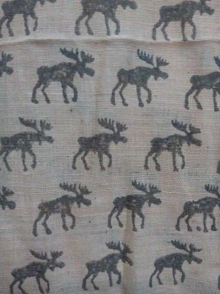 Moose Print Scarf-Where Does It Come From?-MAMOQ