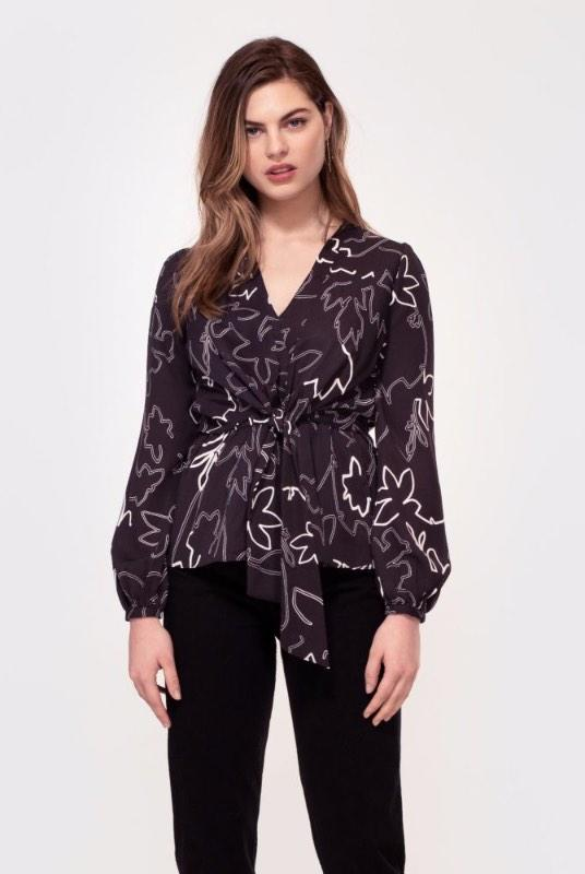 Nyssa White Sketch Floral Print Top-Hide The Label-MAMOQ