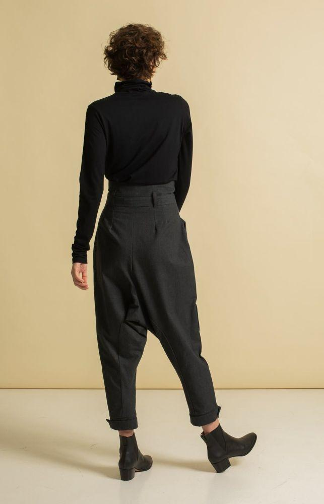 Radalla Trousers Grey-TAUKO-MAMOQ
