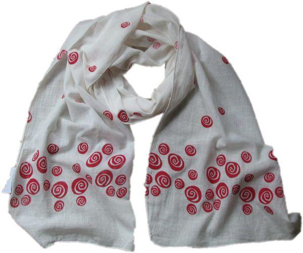 Red Roses Scarf-Where Does It Come From?-MAMOQ
