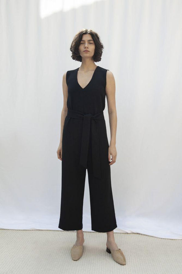 Soho Black Tencel Sleeveless Jumpsuit-Vanesa Vinhas-MAMOQ