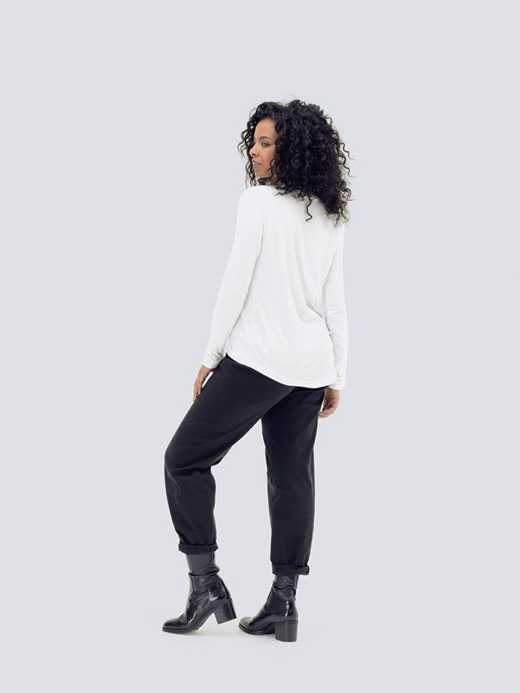Sustainable Long Sleeve White T-Shirt-Zola Amour-MAMOQ