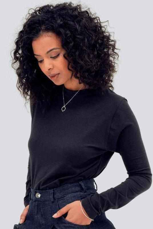 Ultra Soft Black Long Sleeve T-Shirt-Zola Amour-MAMOQ