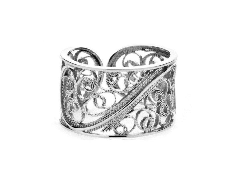 White Filigree Links Single Ring-Arabel Lebrusan-MAMOQ