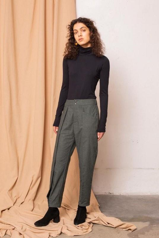 Wish Melange Alpine Green Pleat Front Trousers-TAUKO-MAMOQ