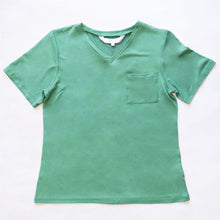 Load image into Gallery viewer, Highlands V-Neck Pocket Tee in Green