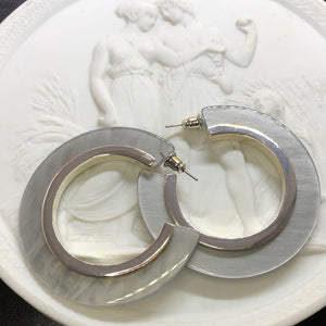 Mary Style Hoop Earrings