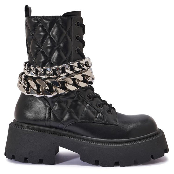 HIP25 CHUNKY CHAIN DETAIL LACE UP BOOT
