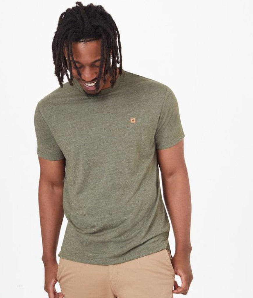 Tentree Hemp Step Hem T-Shirt - Olive Night Green