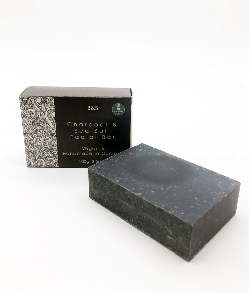 Bain & Savon Charcoal & Sea Salt Soap Bar - 100g