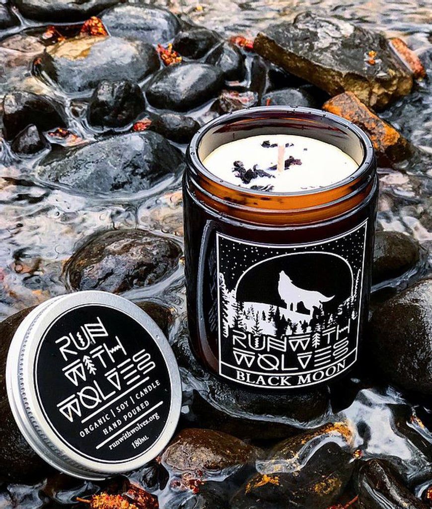 Run With Wolves Soy Wax Candle Black Moon - 180ml