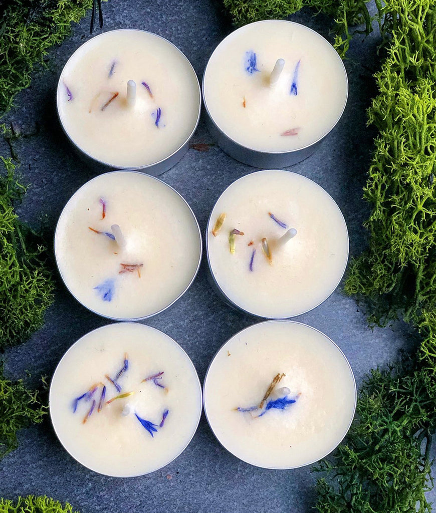 Run With Wolves Soy Wax Candle Snow Berries - x6 Tealight Set