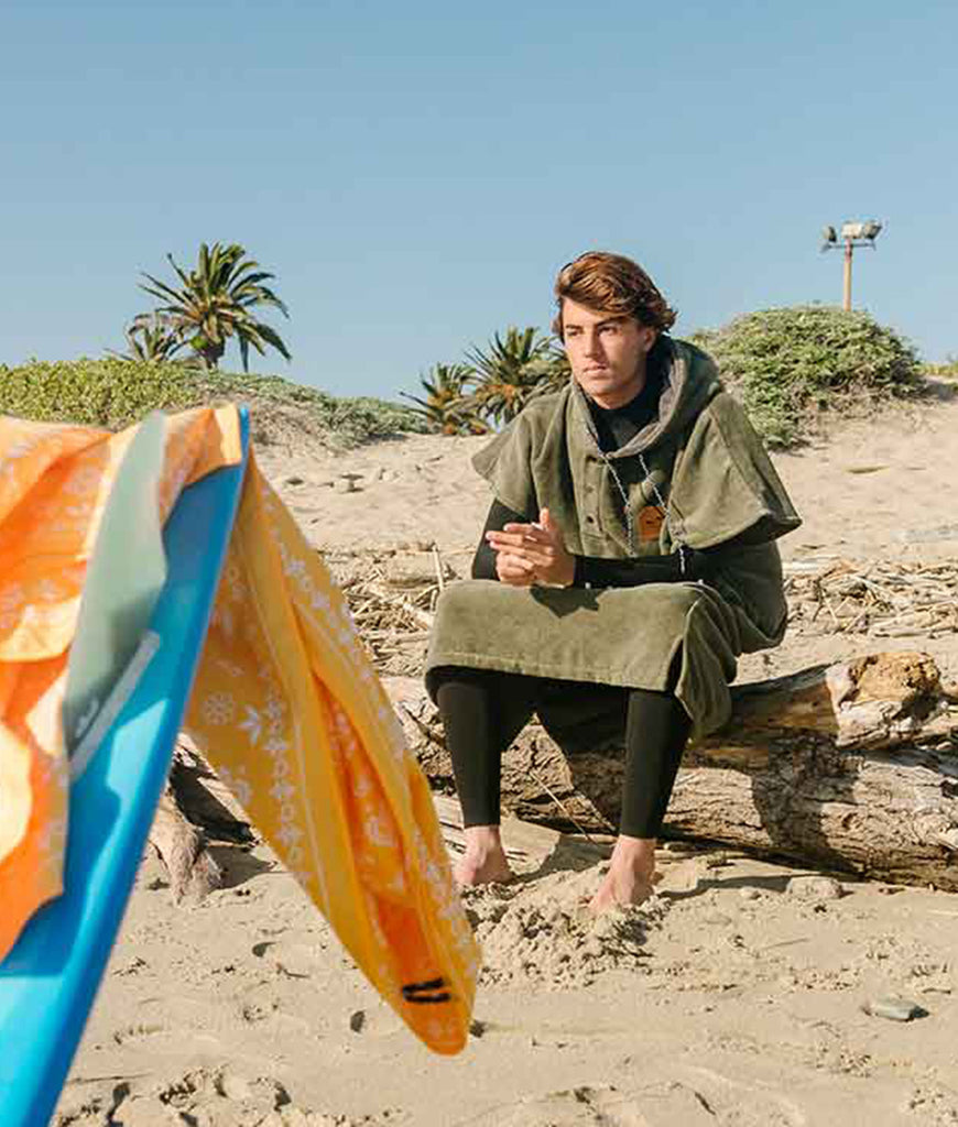 Slowtide Beach Poncho & Surf Robie - The Green Digs