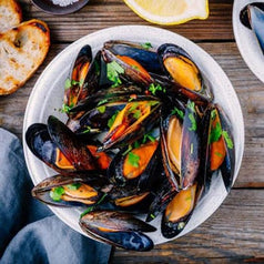 Fresh Bangs Island Mussels Ready to Eat in Bowl