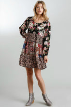 Load image into Gallery viewer, Umgee Black Floral Print Tiered Dress