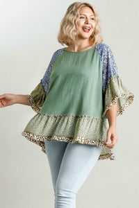 Umgee Sage Mixed Print Top with Animal Print Trim