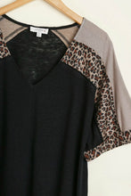 Load image into Gallery viewer, Umgee Black and Animal Print Casual Top