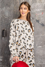 Load image into Gallery viewer, Easel Khaki Leopard Print Top