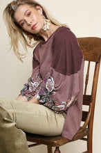 Load image into Gallery viewer, Umgee Wine Top with Color Block Paisley Sleeves