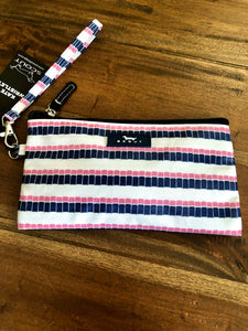 Scout Kate Wristlet in Smartees