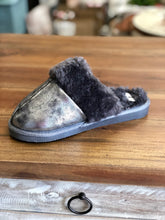 Load image into Gallery viewer, Corkys Slippers Snooze in Pewter