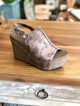 Load image into Gallery viewer, Boutique by Corkys Claudette in Brown Distressed - June Adel
