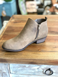 Pierre Dumas Zoey-21 Ankle Boots in Taupe - June Adel
