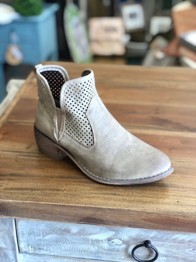 Pierre Dumas Rimini-5 Ankle Boots in Taupe - June Adel