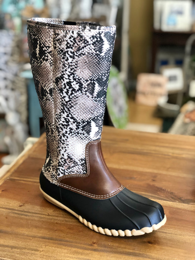 Outwoods Autumn-20 Boots in Taupe Snake Print - June Adel