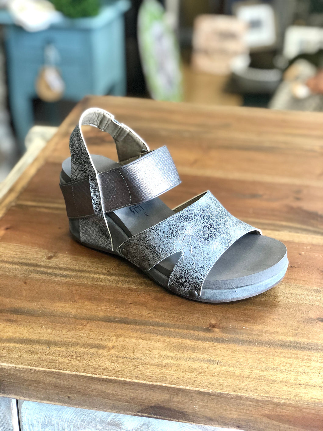 Boutique by Corkys Fig in Pewter - June Adel