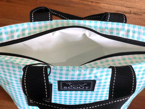 Scout Nooner Lunch Box in Barnaby Checkham