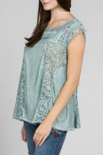 Load image into Gallery viewer, Emerald Top with Lace Details and Back Tie Keyhole - June Adel