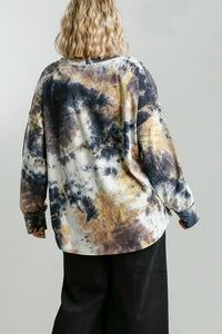 Umgee Long Sleeve Tie Dye Top in Gunmetal