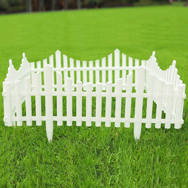 Pack of 4 White Garden Picket Fence Panels / Plastic
