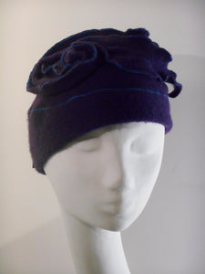 Winter cap in boiled wool, very soft