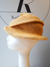 Load image into Gallery viewer, Urbanstyle Summer Hat in Paper