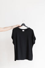 Load image into Gallery viewer, TEE|black
