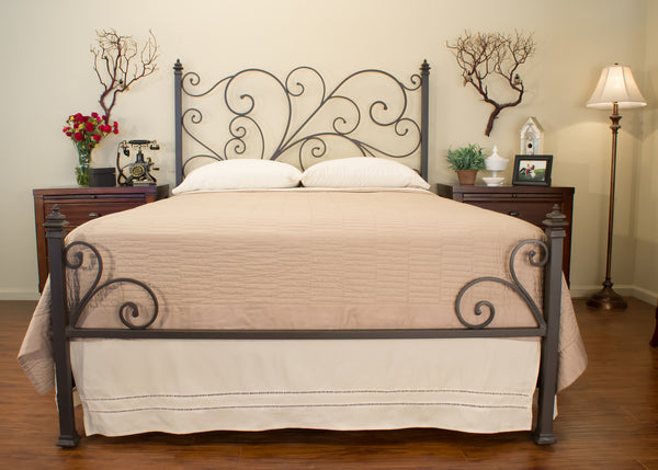 avery bed in textured rust