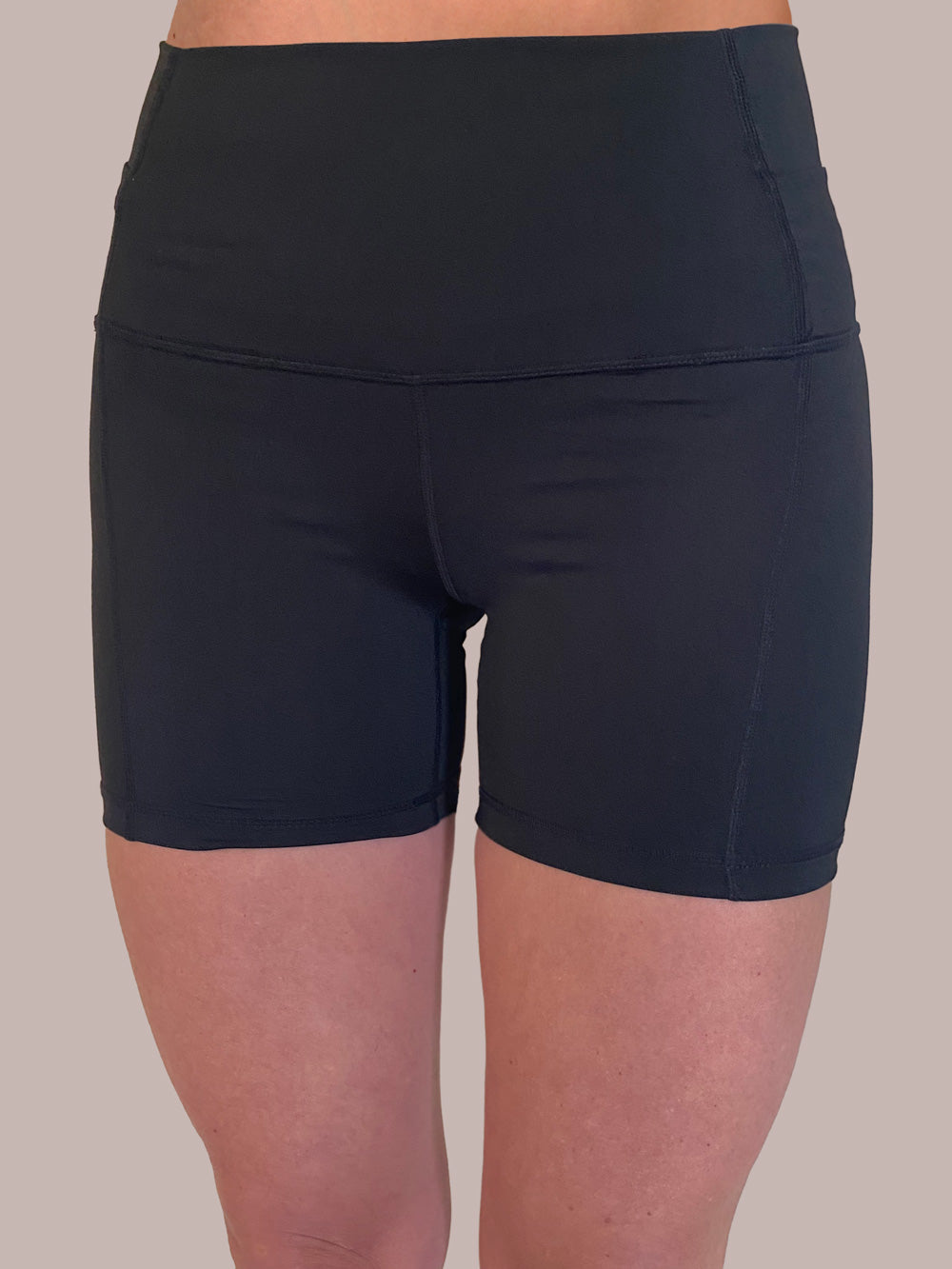 Black Light Weight Yoga / Bike Shorts