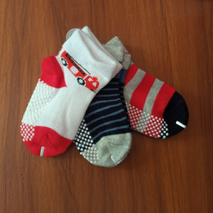 Baby Socks (3 Pairs) Carters (0-3months) - Kyemen Baby Online