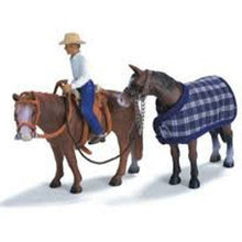 Load image into Gallery viewer, Horses - WR1 Western Riding Set (Schleich)