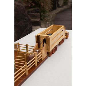 Little Cattleman Deal - CY6 Cattle Yard, CT1 Cattle Truck - FREE SHIPPING