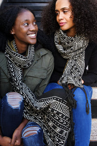 Black and White Pattern Cotton Shawl from Mali - Earthnic Lifestyle