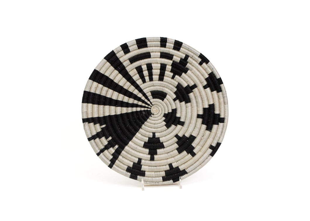 Sistal Trivet - Small Black & White Design - Earthnic Lifestyle