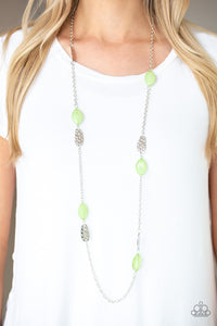 Paparazzi Beachfront Beauty Green Necklace