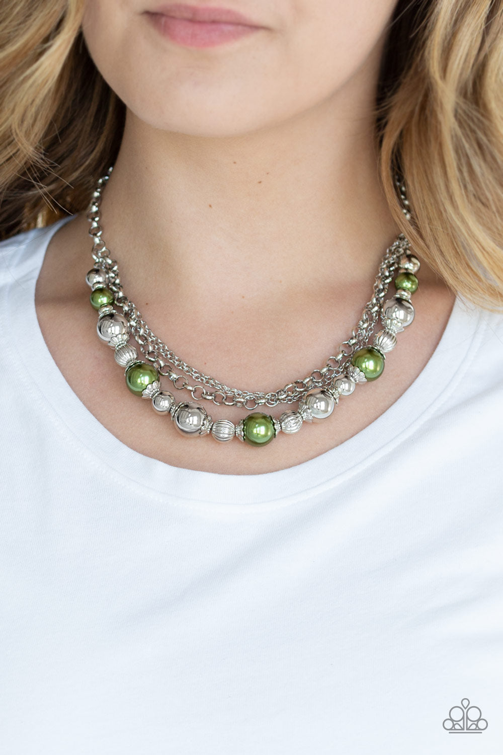 5th Avenue Romance - Green Necklace Paparazzi Accessories New